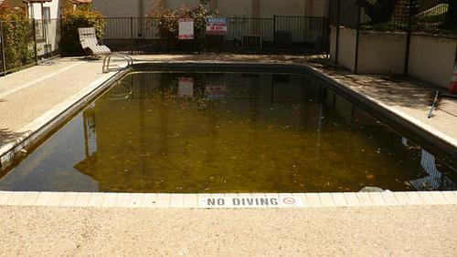 pool gross