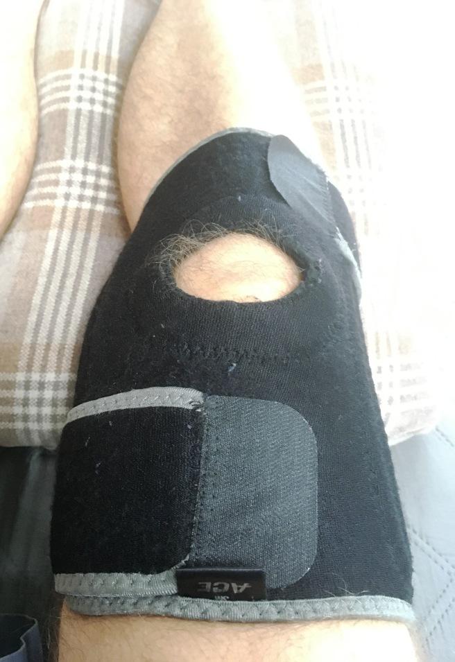 Knee brace on